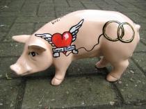 Sparschwein im Tattoo-Style zur Hochzeit