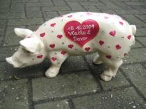 Sparschwein mit Herzen zur Hochzeit