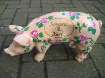 Sparschwein mit Röschen zur Hochzeit