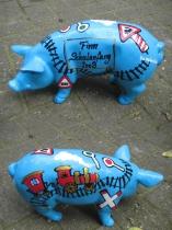 Sparschwein mit Eisenbahn zur Einschulung